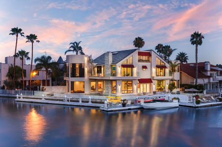 Buccaneer Way on Coronado Island owned by Monarch Luxury Villas