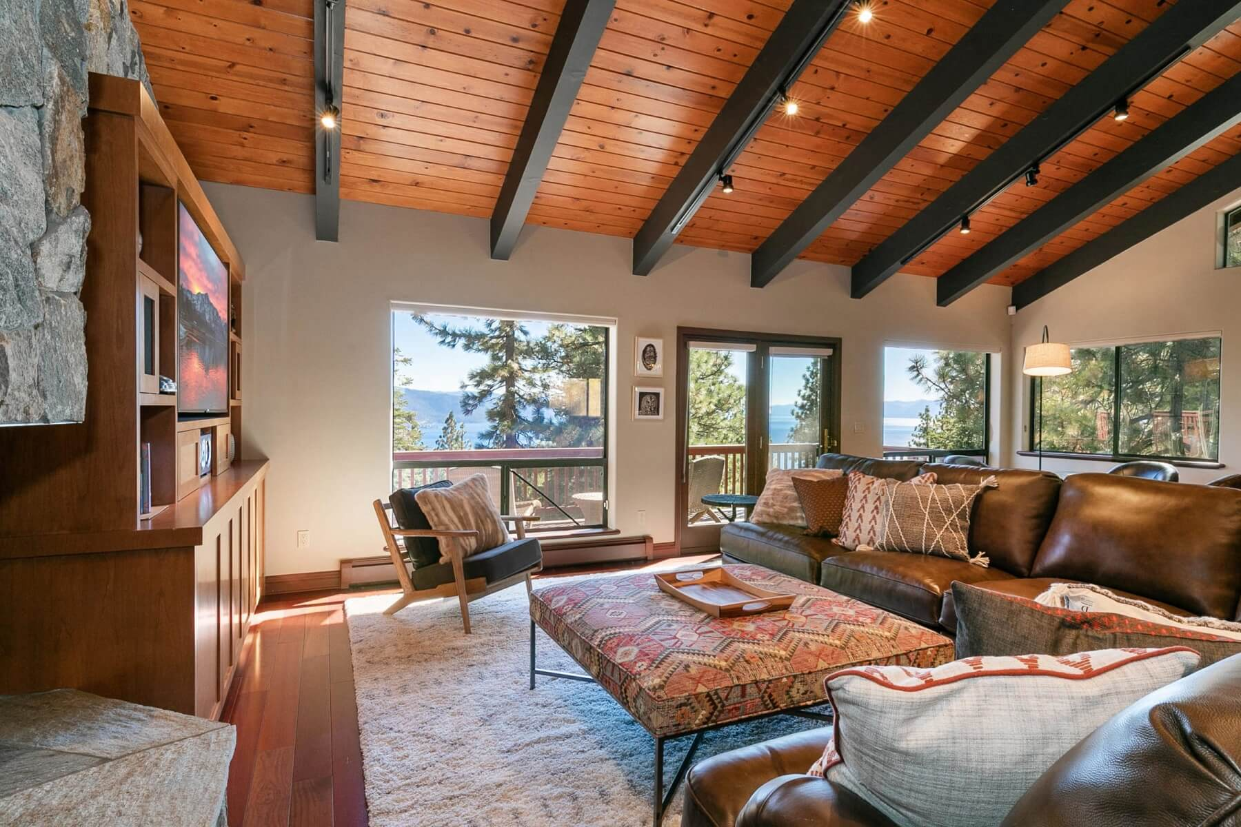 vista at incline village great room and views